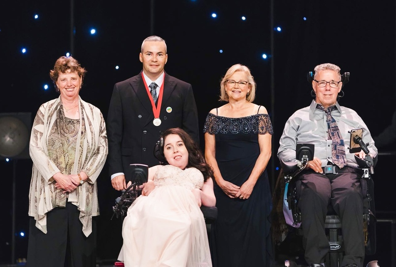 2018 Courage to Come Back Award Recipients from left: Suzanne Venuta, Josh Dahling, Alisa Gil-Silvestre, Ingrid Bates and Jim Ryan.